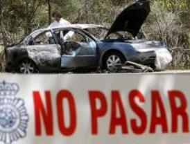 El hombre que apareció carbonizado en un coche no murió por causas violentas