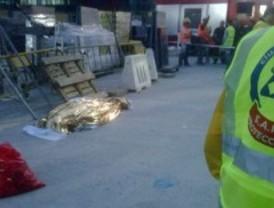 Un obrero muerto y dos heridos al caer desde un andamio de 25 metros de altura