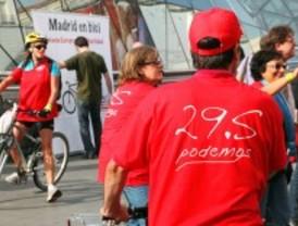 200 ciclistas de UGT y CCOO promueven la participación en la huelga general