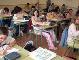 Reunión con Aguirre para reclamar más profesores para el colegio Trabenco