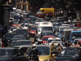Atascos en la capital y en los accesos por la huelga de Metro