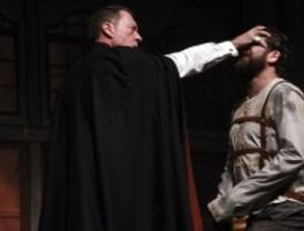 Drácula aterriza en el Teatro Marquina de la mano de Eduardo Bazo y Jorge de Juan