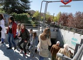 Metro instalará puestos para la recogida de compras de Internet