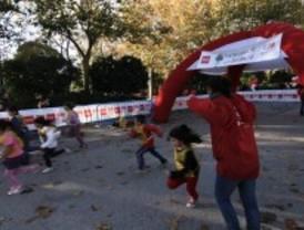 Cientos de niños celebran el Día Universal de la Infancia con varias actividades en El Retiro