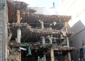 La 'operación Canalejas' se inicia con el derribo de uno de sus edificios