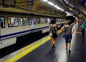 La línea 5 de Metro vuelve a registrar retrasos de 15 minutos