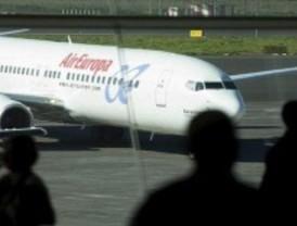 Dos aviones colisionan en el aeropuerto de Barajas sin provocar heridos