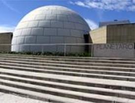 El Planetario invita a ver el eclipse lunar del sábado
