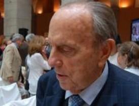 Fraga pide que no se tenga en cuenta a Gallardón para las europeas