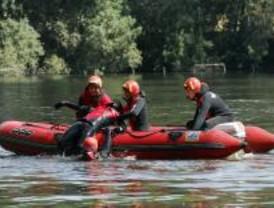 Los Bomberos de la Comunidad están preparados para realizar rescates acuáticos
