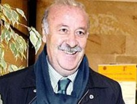 Vicente del Bosque renueva como seleccionador español hasta el año 2012