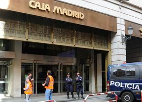 Exconsejeros de Caja Madrid piden avales bancarios para afrontar las fianzas de las 'tarjeta black'