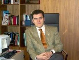 Gómez Montoya presenta su declaración de bienes patrimoniales