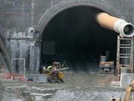 El PP pide que Álvarez dimita por el derrumbe en el túnel del AVE