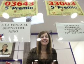 Doña Manolita reparte cinco premios
