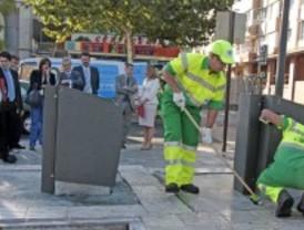 Alcorcón presenta un nuevo plan especial de limpieza de islas ecológicas