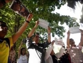 Los fotógrafos acusados de agredir a policías, en libertad