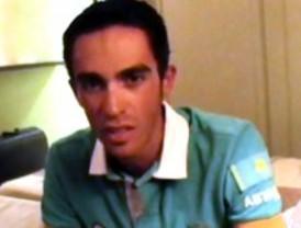 Contador pide disculpas a Schleck en un vídeo