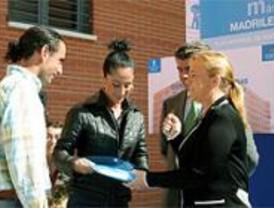 Entregadas las llaves de 148 viviendas a jóvenes madrileños