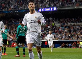 Retienen en Barajas a la madre de Cristiano Ronaldo al portar 55.000 euros en el bolso de mano