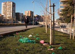 Decimoquinto día de huelga: un río lleno de basura