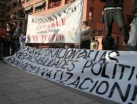 Más de 300 personas exigen en Coslada responsabilidades políticas