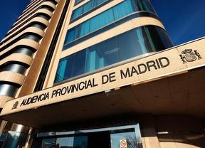 Condenan a un joven por arrojar a otro por el Puente de Segovia
