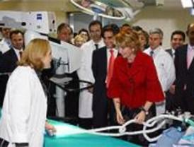 Aguirre inaugura el Hospital del Henares