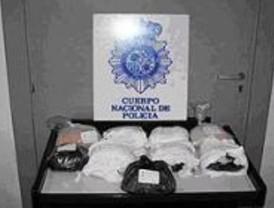 Detenidos tres búlgaros con nueve kilos de heroína en Alcalá de Henares