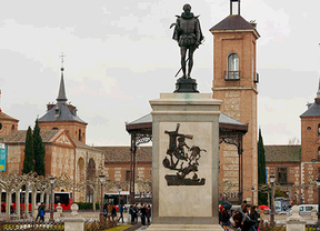 El casco histórico de Alcalá acoge la Feria de Día