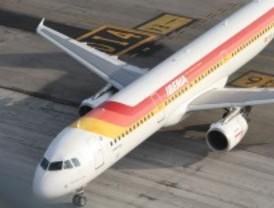 Iberia denuncia a Sepla para ilegalizar su huelga
