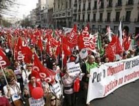 Miles de funcionarios de Justicia piden en Madrid la equiparación de los salarios