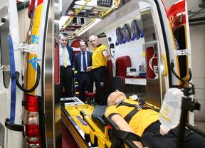 Enrique Nuñez, delegado de Seguridad y Emergencias,  en la presentación de las nuevas ambulancias del Samur-Protección Civil