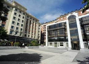 Plaza de Margaret Thatcher donde se ubica el edificio del Banco Madrid cerca de la Plaza de Colón.
