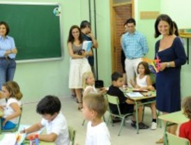 Adrados clausura la Escuela de Verano de Pozuelo