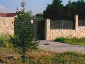 Denuncian la construcción de un chalé en suelo protegido en Navalafuente