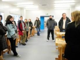 Pozuelo inicia los cursos de oficios en el reformado centro de Las Acacias