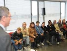 Gallardón felicita las fiestas a los trabajadores de los servicios municipales