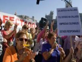 Los afectados de Afinsa protestan en el Banco de España