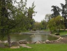 El PP se niega a cambiar de nombre el parque Arias Navarro de Aluche
