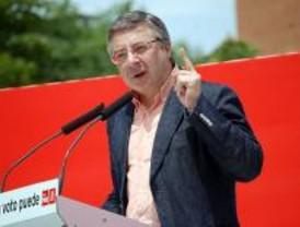 Blanco pide a Aguirre 'menos privatización y tijeretazo' en servicios públicos