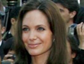 ¿Quiere conocer al doble de Angelina Jolie o Beyoncé?