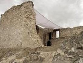 El yacimiento arqueológico del Castillo de Barajas abrirá en mayo de 2008