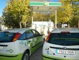 El primer surtidor de bioetanol de España abastecerá a 41 vehículos 'limpios' del Ayuntamiento