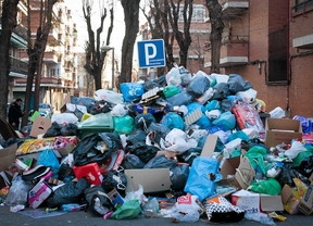 La oposición de Parla se encierra para forzar un preacuerdo que acabe con la huelga de basuras