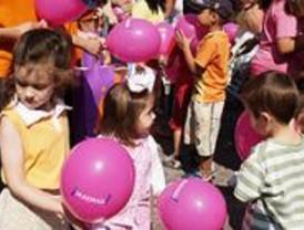 Camisetas, globos y pasatiempos para pequeños turistas