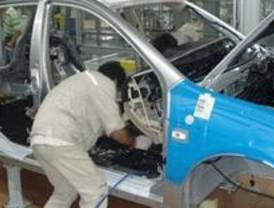 La producción industrial en la Comunidad moderó su caída en agosto hasta el 6,8 %