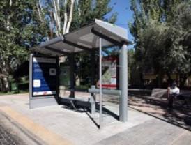 Doce municipios estrenan las nuevas marquesinas de autobús