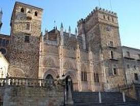 Los tesoros del Monasterio de Guadalupe llegan por primera vez a Madrid