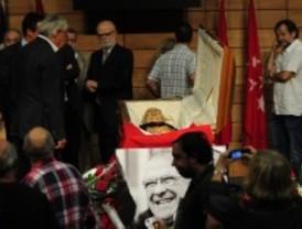 Cortejo fúnebre para despedir a Carrillo